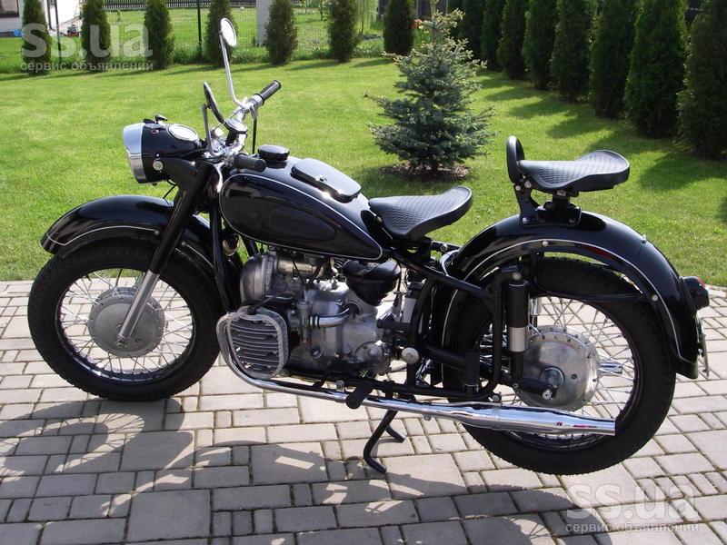 Другое продаю раритетный мотоцикл