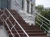 Стройматериалы Ступеньки, перила, лестницы, цена 700 Грн., Фото