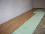 Будівельні роботи,  Оздоблювальні, внутрішні роботи Укладання лінолеуму і ковроліну, ціна 15 Грн./m2, Фото