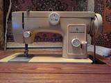 Бытовая техника,  Чистота и шитьё Швейные машины, цена 1000 Грн., Фото