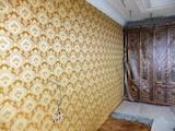 Будівельні роботи,  Оздоблювальні, внутрішні роботи Поклейка шпалер, Фото