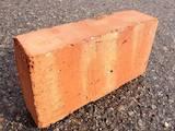 Будматеріали Цегла, камінь, ціна 1.60 Грн., Фото