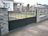 Строительные работы,  Окна, двери, лестницы, ограды Ворота, цена 250 Грн., Фото