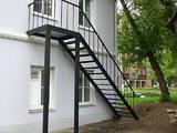 Будівельні роботи,  Вікна, двері, сходи, огорожі Сходи, ціна 250 Грн., Фото