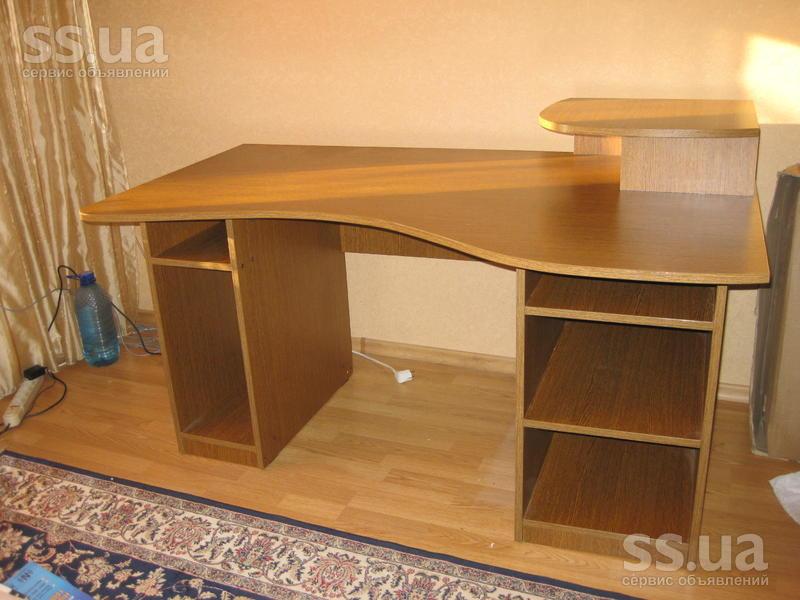 Продам стол компьютерный: мебель для кабинета компьютерные с.