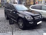 Аренда транспорта Представительные авто и лимузины, цена 700 Грн., Фото