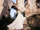Жіночий одяг Сукні, ціна 8500 Грн., Фото