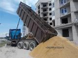 Будматеріали Пісок, гранит, щебінь, ціна 130 Грн., Фото